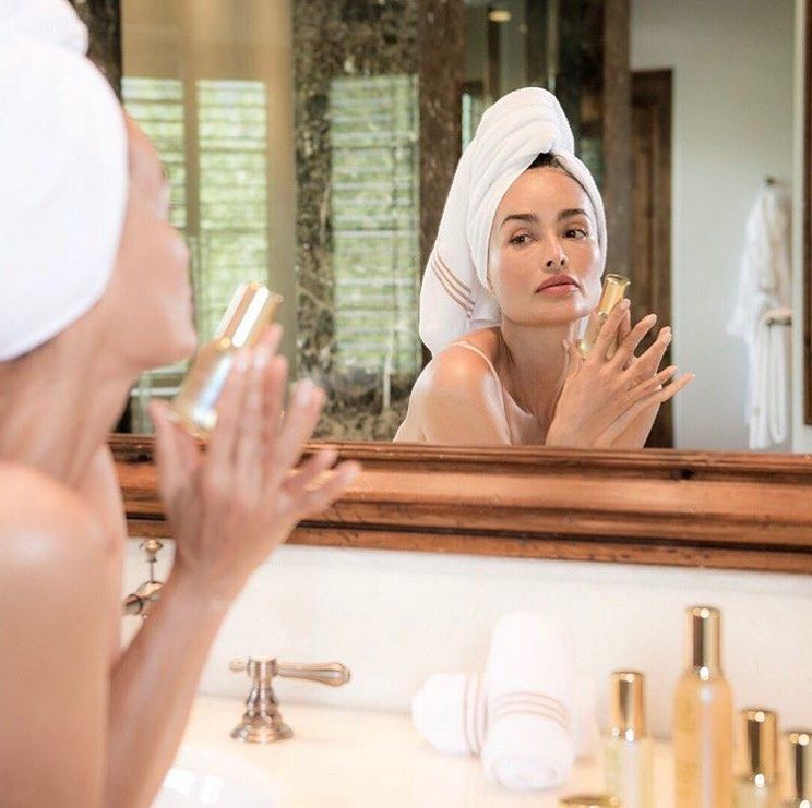 Follow these 4 easy tips for a younger, fresher complexion!