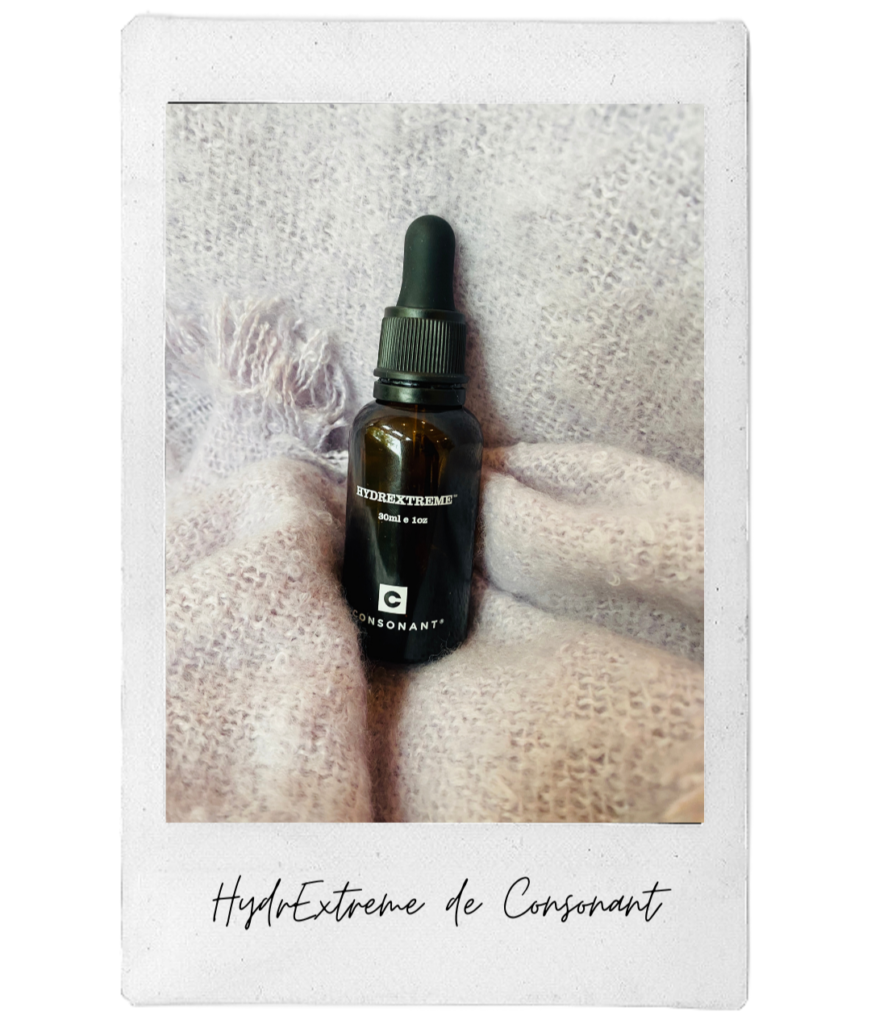 Naomi's fall essential is the HydrExtreme Booster from Consonant.